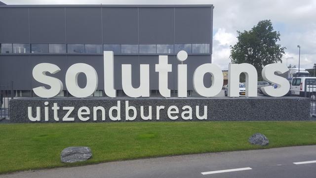 3D letters van metaal - Solutions uitzendbureau
