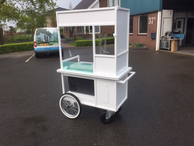 Verkooptrolley Yoghurtbar - Boozed