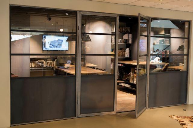 Stalen deuren - industrieel - Staallook - Interieur Paauwe Zonnemair
