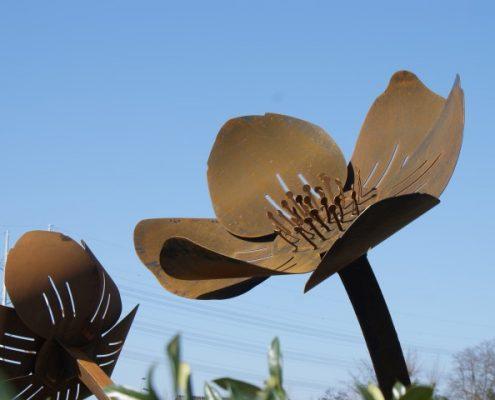 3D Bloemen Cortenstaal Rotonde - Hovenier Kleijweg Den Hoorn
