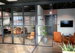 Bedrijfsinterieur - Glazen wanden - industriele tussengevels -Moerman bouwen
