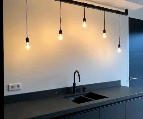 Industriele Hanglamp aan snoer met balk