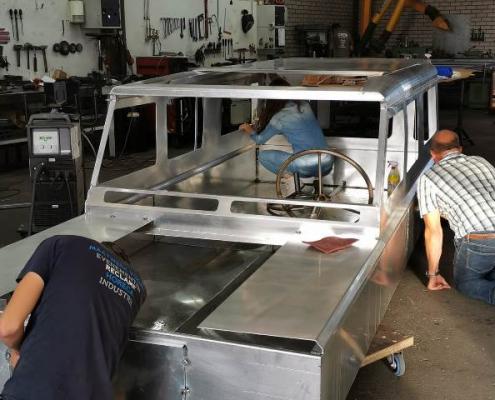Gondelvaart De Lier - Canal Trophy - Jeeps - Varende voertuigen