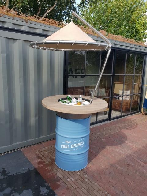 Buitelaar Verhuurt - ijsbar Parasol